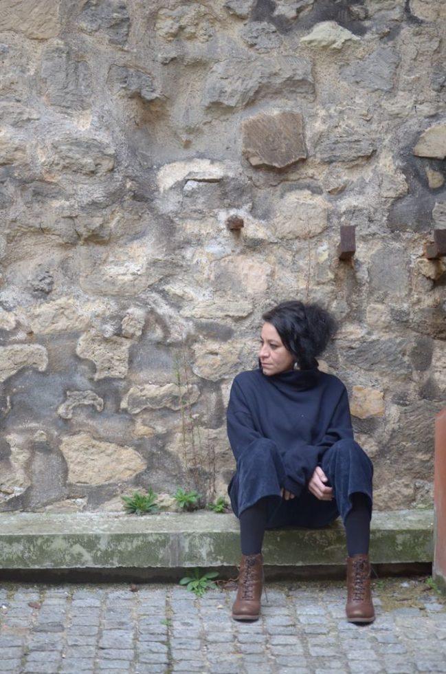 Dans la cour de la cité @Maïa Ricaud